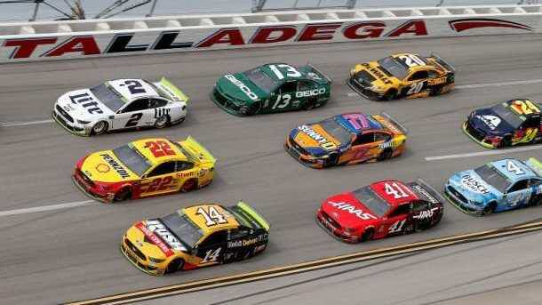 how to bet on nascar online