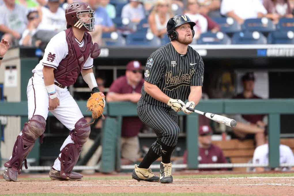 2021 college world series betting odds bet on fight online
